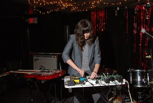 Noveller @ Cake Shop - photo by Nate Dorr